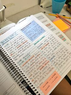 School Organization Notes, Study Organization, Life Hacks For School, School Study Tips, Bullet Journal School, Bullet Journal Ideas Pages, College Notes, School Notes, Studyblr