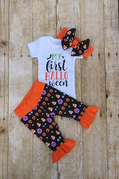 Personalized Baby Girl Take Home Outfit, Coral and Grey Girls Baby Set, Ruffle Infant Outfit, Baby Shower Gift Newborn Halloween Outfits, Baby First Halloween Costume, Baby Girl Halloween Outfit, Baby Outfits, Kids Outfits, Cute Baby Clothes, Babies Clothes, Babies Stuff