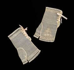 1830-39 ~ American Evening Mitts of Cotton & Silk, with Lace Edgings, Embroidery & Ribbon Tie Closure .... Brooklyn Museum Costume Collection at The Metropolitan Museum of Art, New York ....