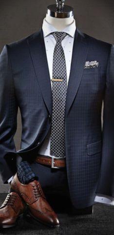 Ser elegante no sólo es de personas que tienen dinero. #outfit #elegancia #mensfashion #menswear #ties #outfits