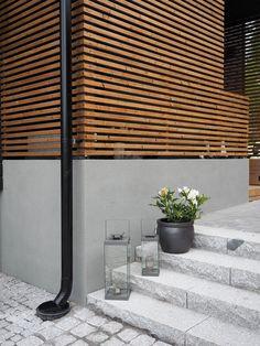 Kävimme eilen sisustusbloggaajien kanssa vierailemassa Seinäjoen asuntomessuilla muutamissa kohteissa. Kirjoittelen itse päivästäkin vielä e... Boconcept, Terrace Garden, Outdoor Gardens, Blinds, Concrete, Sweet Home, Curtains, Stone, Architecture