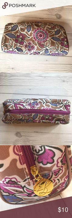Cosmetic case Women's cosmetic case. Floral design on exterior is in good condition. Interior has some slight makeup staining. Estee Lauder Bags Cosmetic Bags & Cases