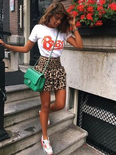 Discover the details that make the difference to the best street style, e … – Summer Outfits – Summer Fashion Tips Best Street Style, Cool Street Fashion, Street Styles, Fashion Mode, Look Fashion, Trendy Fashion, Spring Summer Fashion, Spring Outfits, Spring Style