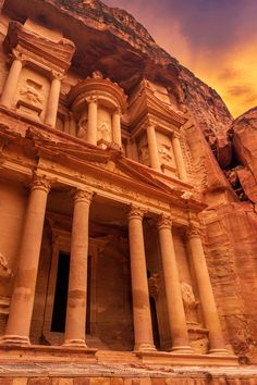 The completely preserved historical Nabatean metropolis of Petra is fashionable for the slender access of the Siq which leads to the noted Treasury, or Al Khazna. explore its temples, tombs and alleyways on biscuit lower back or band on your running boots and hike round its walkways for a really enthralling journey.  #traveled #travelled #travelingstuff #wanders #travellist #lppathfinders #travellocal #travellight #wandergram #wanderlove #wandermore #travelingplanet #travelingworld