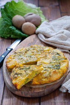 Gustosa #frittata con cavolo #verza e patate, semplicissima e rustica. #ricette #vegetarian