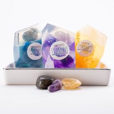 A Real Gemstone In Each Vegan Crystal Soap Gift Set Birthday Gift Set of 3 Amethyst Labradorite Citrine Deep Cleaning Tips, Cleaning Hacks, Diy Hacks, Clean Baking Pans, Hard Water Stains, Soap Scum, Glass Cooktop, Vegan Soap, Clean Dishwasher