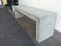 Ostoslistalle: betonipenkki