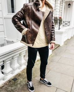 Men's Jackets For Every Occasion. Photo by Menswear Market Jackets are a must-have in the cold weather but it can also be used to accessorize an outfit. Trendy Mens Fashion, Stylish Mens Outfits, Men Fashion, Fashion Sale, Fashion Outlet, Paris Fashion, Runway Fashion, Girl Fashion, Fashion Trends