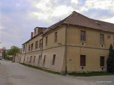 Manufacture of majolica in Modra - Slovakia.travel