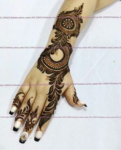 Design Discover Girls paint their hands and legs with lovely and pretty new mehndi designs. These stunning mehndi designs are perfect for everybody. Latest Arabic Mehndi Designs, Mehndi Designs For Girls, Arabic Henna Designs, Mehndi Designs Stylish Latest Arabic Mehndi Designs, Mehndi Designs For Girls, Indian Mehndi Designs, Arabic Henna Designs, Mehndi Designs 2018, Modern Mehndi Designs, Wedding Mehndi Designs, Mehandhi Designs, Arabic Design