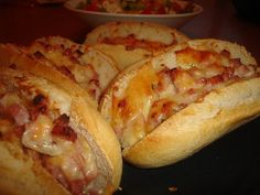 Hot Dog Buns, Buffet, Food And Drink, Pizza, Bread, Snacks, Baking, Recipes, Appetizers