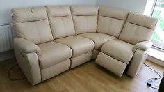 CREAM LEATHER DESIGNER 3 PIECE SMALL CORNER WITH ELC RECLINERS (48) £699