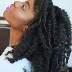 Nigerian Natural IG:gerimua... - Beautiful Women of West Africa Long Natural Hair, Natural Hair Styles, Black Girls Hairstyles, West Africa, Hanging Out, Beautiful Women, Dreadlocks, Beauty, Twitter