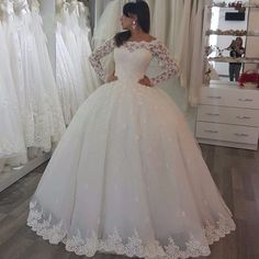 Find More Wedding Dresses Information about Gorgeous Bridal Gown Long Sleeve Lace Wedding Dresses Ball Gown Tulle Wedding Gowns Bridal  Wedding Dresses vestidos de noiva,High Quality dress neck,China dress for evening wedding Suppliers, Cheap dress formal dress from Cinderella's_Dress on Aliexpress.com