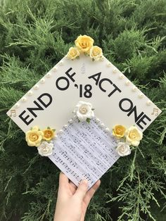 Music theatre graduation cap Ideas You are in the right place about DIY Graduation signs Here we offer you the most beautiful pictures about the DIY Graduation pictures you are looking for. Teacher Graduation Cap, Graduation Cap Designs, Graduation Cap Decoration, High School Graduation, Grad Cap, Graduation Ideas, Graduation Bouquet, Graduation Outfits, Graduation Shirts