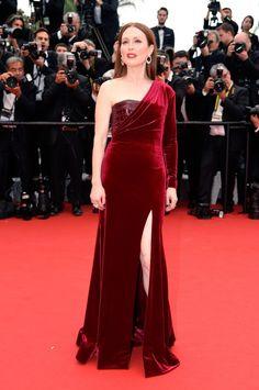 julianne moore maravilhosa em cannes - Fashionismo