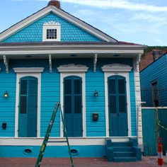Charming blue cottage in the French Quarter of New Orleans. New Orleans, USA New Orleans Architecture, Crescent City, French Quarter, Wonders Of The World, Louisiana, Travel Inspiration, Nova, Internet, Cottage
