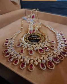 Diamond Necklaces Top Shared 16 Diamond Necklace Designs rose gold and diamond mini topaz necklace gold and teardrop diamond India Jewelry, Jewelry Sets, Fine Jewelry, Jewelry Stores, Jewelry Accessories, Jewelry Making, Indian Wedding Jewelry, Bridal Jewelry, Bridal Necklace
