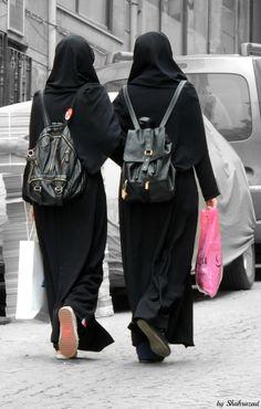Hijab Wear, Hijab Niqab, Muslim Hijab, Mode Hijab, Hijab Outfit, Arab Girls Hijab, Muslim Girls, Muslim Women, Hijabi Girl