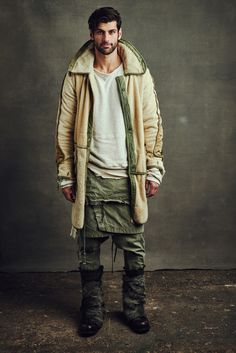 See the complete Greg Lauren Fall 2016 Menswear collection.