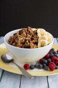 Grain-free Bumble Berry Granola - #grainfree #vegan #paleo