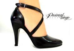 Zapatos de tango argentinos exclusivamente para mujeres que desean bailar cómodas y con estilo. Argentinean tango shoes exclusive for women who want to dance with style and confortable