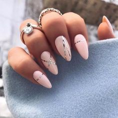 Over 20 elegant nail art designs for real ladies - Nageldesign & Nailart - Unhas Cute Nail Art Designs, Silver Nail Designs, Elegant Nail Art, Elegant Nail Designs, Nail Art Blanc, Hair And Nails, My Nails, Prom Nails, Nailart