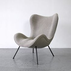 Rare lounge chair from the by Fritz Neth. The shape is dedicated to the organic-modern style of the The lounge chair is newly upholstered and covered with a fabric by Kvadrat. We have three of these in our current listings. Retro Furniture, Furniture Design, Poltrona Design, Small Bedroom Organization, Lounge Chair Design, Lounge Chairs, Desk Chairs, Cafe Chairs, Beach Chairs