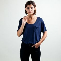 Slouchy Pocket Tee Navy – Everlane. Made in the USA.