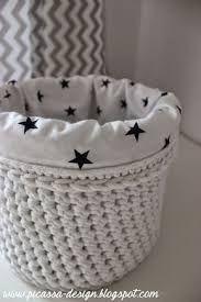 Pin by Sharon Cooper on Crochet Basket and Rug Crochet Home, Love Crochet, Diy Crochet, Crochet Baby, Crochet Basket Pattern, Crochet Patterns, Crochet Baskets, Crochet Storage, Fabric Yarn