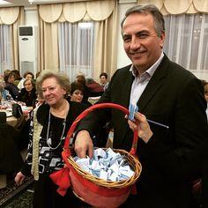 Σήμερα είχα την χαρά να παρευρεθώ σε μια σειρά εκδηλώσεων που πραγματοποιήθηκαν στη πόλη μας.  Όπως την κοπή της βασιλόπιτας της Φιλόπτωχου Αδελφότητας Κυριών Θεσσαλονίκης, γνωστή για το σημαντικό εθνικό, φιλανθρωπικό και κοινωνικό της έργο.