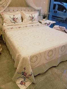Moda Emo, Matching Couples, Homemade Beauty Products, Bed Covers, Nordstrom, Home Decor Bedroom, Linen Bedding, Bed Sheets, Bed Pillows