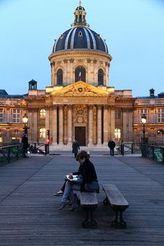 Paris , art's bridge, pont des arts