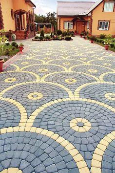 Backyard Fort, Backyard Walkway, Backyard Garden Design, Backyard Landscaping, Stone Garden Paths, Garden Pavers, Brick Garden, Cobblestone Patio, Driveway Design
