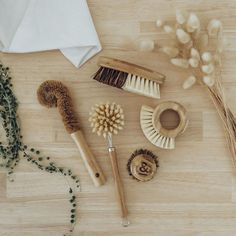 """Did you know most cleaning brushes, even ones labelled """"eco"""", use either plastic or animal hair bristles? Shop our Ethical, Sustainable and Eco-friendly store. Zero Waste Store, Plant Fibres, Eco Friendly House, Natural Cleaning Products, Sustainable Living, Sustainable Products, Brush Set, Sustainability, Eco Beauty"""