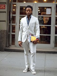 would ben wear a white suit?? so cool!