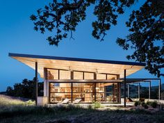 Big Sky Journal - Architect Jonathan Feldman designed the2,800-square-foot home with a low, curved roof to referencethe gentle contours of the surrounding terrain.