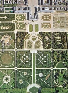 Garden Design Jardines The geometry of Versailles.Garden Design Jardines The geometry of Versailles Chateau Versailles, Versailles Garden, Palace Of Versailles, Landscape Design, Garden Design, Parks, Formal Gardens, Birds Eye View, Aerial Photography