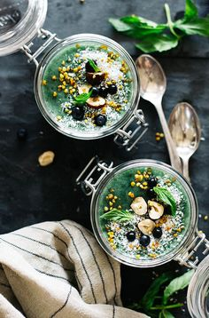 Superfood chia pudding with blueberries, spirulina and bee pollen, loaded with soluble fiber for a good morning cleanse