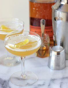 #DRINKRECIPE - Pineapple Bourbon Cocktail