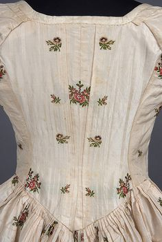 1780s Robe a l'Anglaise back detail by Sacheverelle, via Flickr