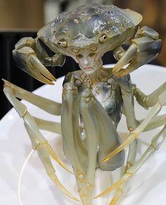 "Human x Crab Hybrid sculpture ""Eat Drink Man Women"" Artist Sazen Lee's Repost via Alien Creatures, Fantasy Creatures, Dark Fantasy, Fantasy Art, Rayquaza Pokemon, Women Artist, Joseph Cornell, Louise Nevelson, Sculpture Metal"
