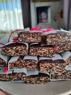 ζάχαρη Sweet Recipes, Healthy Recipes, Healthy Food, Energy Bars, Snack Bar, Breakfast Recipes, Biscuits, Cereal, Sweets