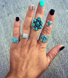 Covering dirt and ranch grime can be a feat. But these adorable western nail styles do a pretty good job!