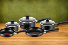 Tefal Non-Stick Cookware Set Kitchen Pans, Professional Kitchen, Pan Set, Cookware Set, Casserole Dishes, Cool Stuff, Cooking, Online Deals, Places