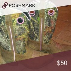 Women's Boots John Deere Pink Camp and Brown... Only worn once Shoes Heeled Boots
