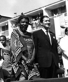 Photos of of old: The King of Swaziland - King Sobhuza II Tribal Warrior, African Royalty, Warrior King, King Queen, Old And New, African Fashion, Royals, Pictures, Photos
