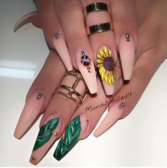 "4,253 Likes, 18 Comments - Liv (@thenaillife_) on Instagram: ""✨✨✨✨✨✨✨ @monanailedit  _____________________________________________  #nails #nail…"""