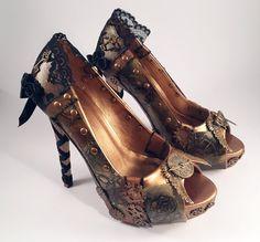 Steampunk rame su ordinazione talloni di pizzo nero, scarpe dipinte a mano