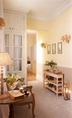 Un recibidor totalmente renovado · ElMueble.com · 50 años contigo
